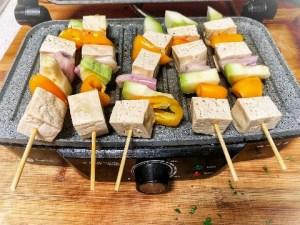 Pinchos de tofu