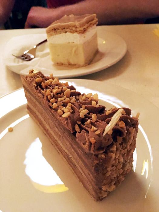 Heerlijke vegan taart bij Napheyes