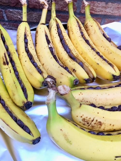 Bananen op de bbq voor een potluck