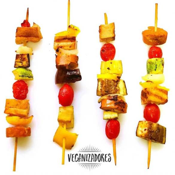 Espetinhos Veganos (Churrasco Vegano) - Receita Veganizadores