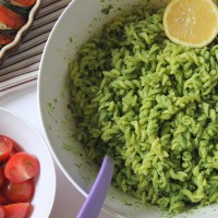 Spinach and Cashew Pesto