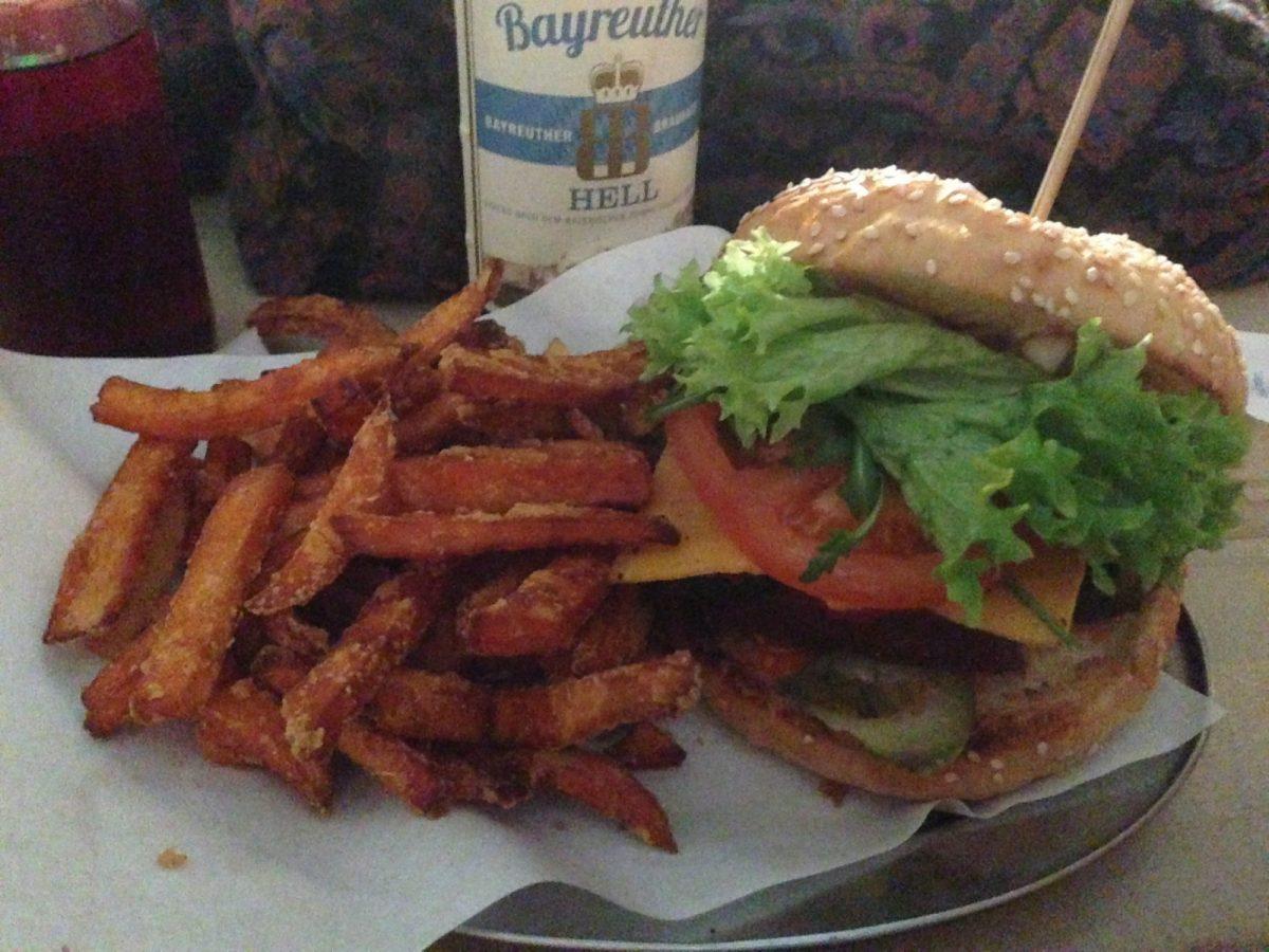 Vegan Cheeseburger