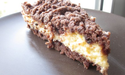Russian Chocolate Cheesecake (Russischer Zupfkuchen): No Tofutti Necessary!