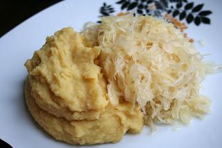 Guest Post: Mashed Peas with Sauerkraut (Erbsenbrei mit Sauerkraut)