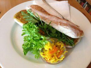 Kelet kávézó Vegan Budapest Cafe Sandwich
