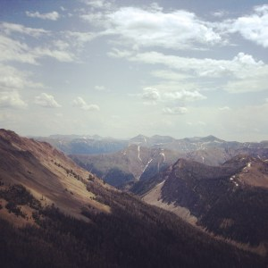 View from Avalanche Peak Yellowstone | Vegan Nom Noms