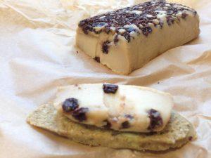 Avellana Creamery Currant Cheese - Vegan Nom Noms