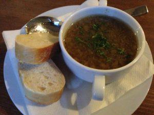 Großer Winterberg Hotel vegan onion soup - Vegan Nom Noms