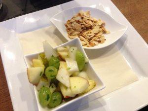 Grooßer Winterberg Hotel Vegan Fruit and Almonds - Vegan Nom Noms