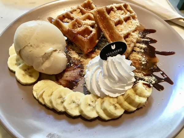 Vegan Banoffee waffles from Veganerie Concept