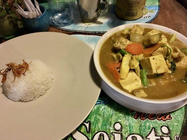 Warung Semesta Vegan Balinese Curry