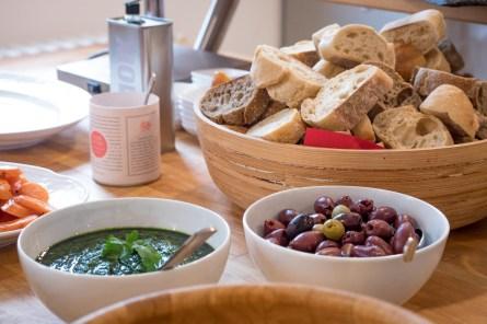 Mojo Verde - Oliven - Brot