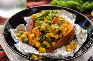 Smoky Mac-Stuffed Sweet Potatoes