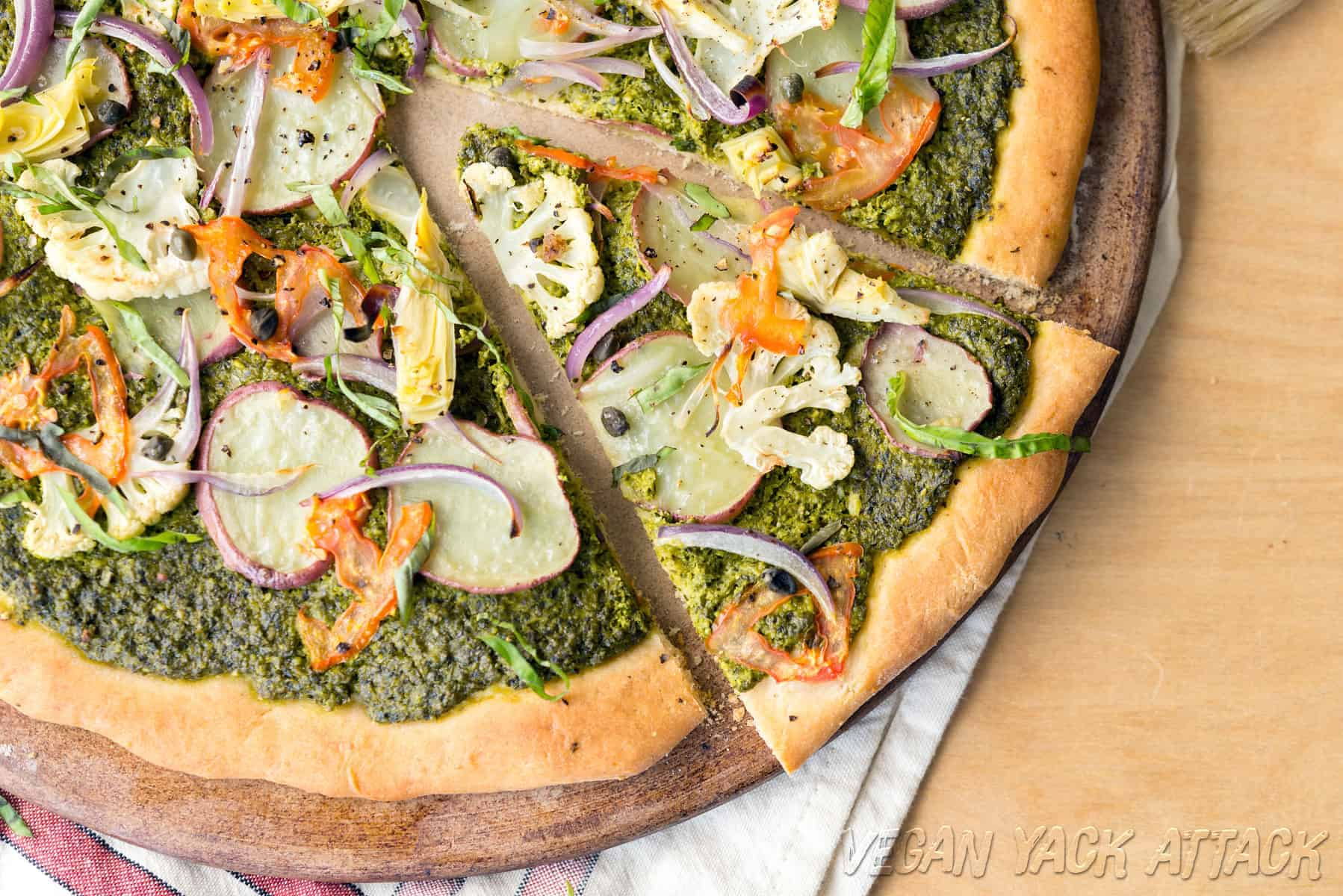 Pesto Potato Pizza - vegan, delicious and great for dinner!
