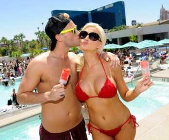 Holly Madison Appears At Wet Republic