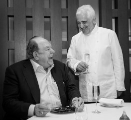 Guy Savoy and Robin Leach - Photo by Erik Kabik