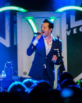 Mayer Hawthorne inside Vinyl at Hard Rock