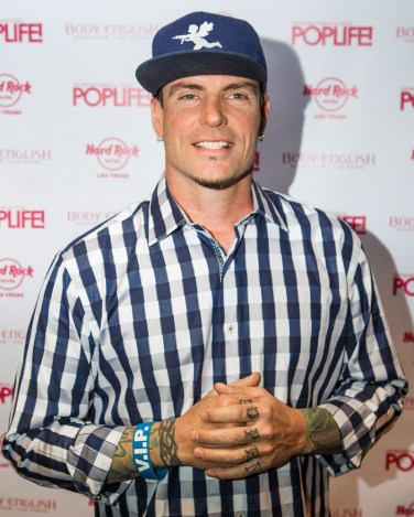 Vanilla Ice at Body English