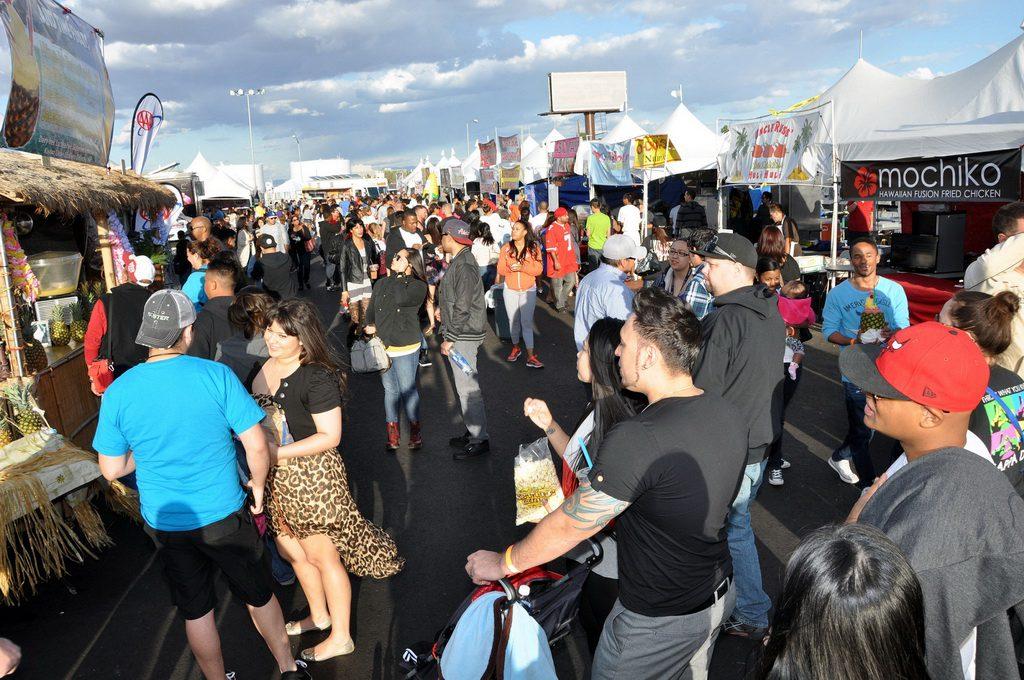 Guests enjoying Las Vegas Foodie Fest
