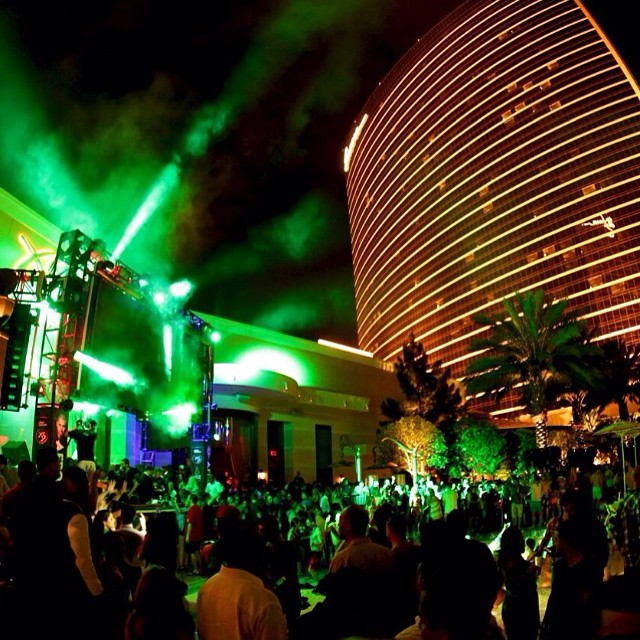 Sunday Nightswim at XS Las Vegas