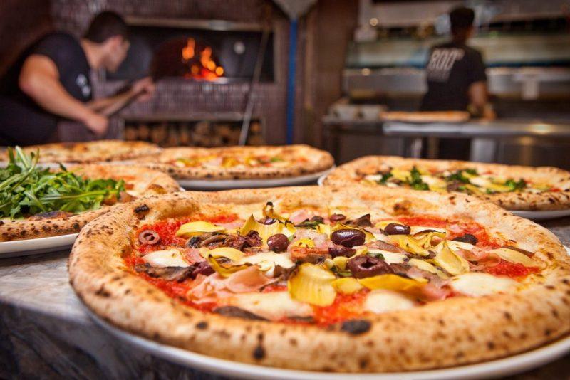800 Degrees Pizzas at Monte Carlo Plaza