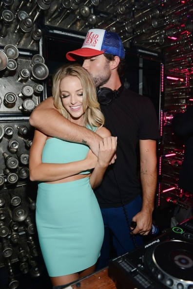 Brody Jenner and Kaitlynn Carter share a kiss in the DJ booth at Hyde Bellagio