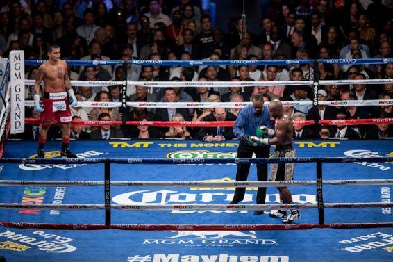 Floyd Mayweather Jr vs Marcos Maidana at MGM Grand