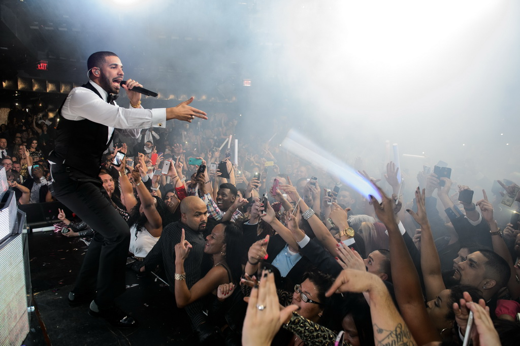 Drake at Marquee for NYE 2015 - TAO Group