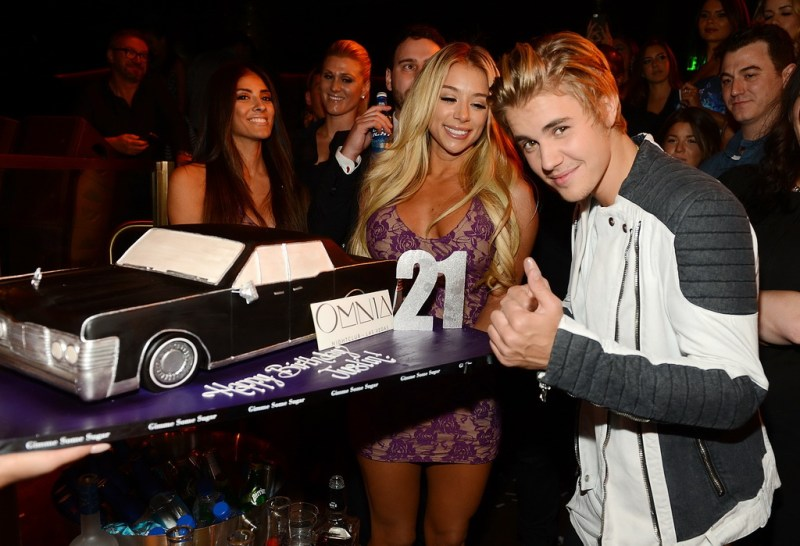 OMNIA Nightclub welcomed global music phenomenon Justin Bieber as he celebrated his highly anticipated 21st birthday