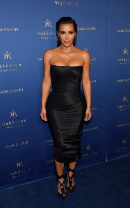 Kim Kardashian West Hosts A Night Out At Hakkasan Las Vegas Nightclub Inside MGM Grand