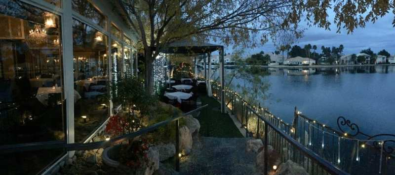 Americana Las Vegas Patio and Lake Night