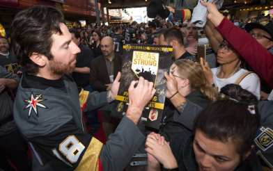VGK Winger James Neal Signs Autographs for Fans While Walking the Red Carpet