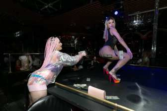 Daizha Morgann and Crazy Horse III Entertainer