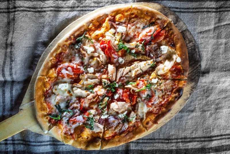 TREVI Herb Roasted Chicken Pizza