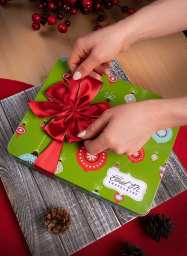 Ethel M Christmas 2018 - Gift Wrapping