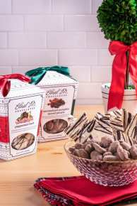 Ethel M Christmas 2018 - Holiday Snack