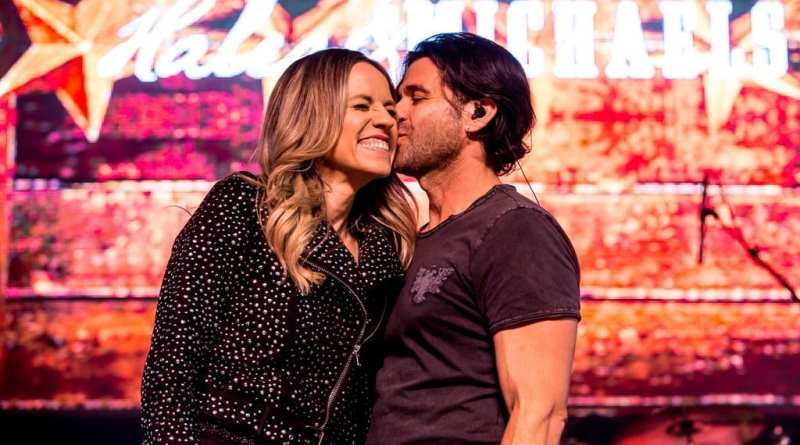 Haley & Michaels take over 1st Street Stage during Downtown Hoedown at Fremont Street Experience, 12.5.18