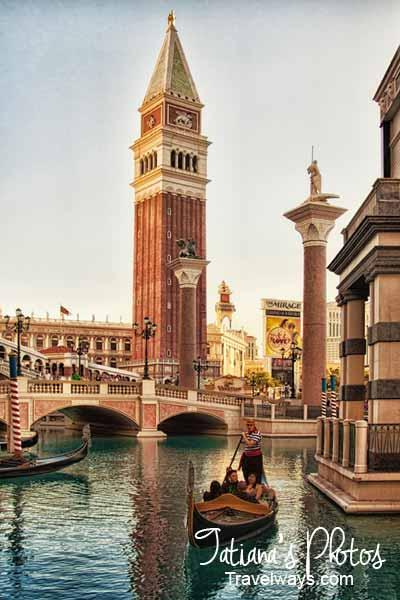 Real Venetian gondolas on Canale Grande, Las Vegas