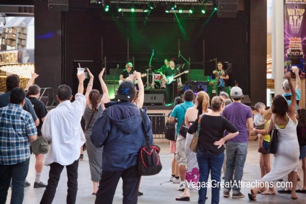 Celtic Rockers on Fremont Street Experience