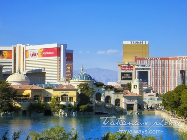 Bellagio Villa and Lake on Las Vegas Strip