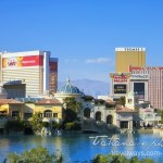Photo: Villa Bellagio and Lake on Las Vegas Strip