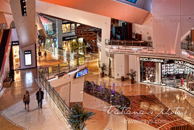 Cosmopolitan / City Center Shopping Mall