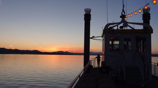 Lake Mead Diner Cruise