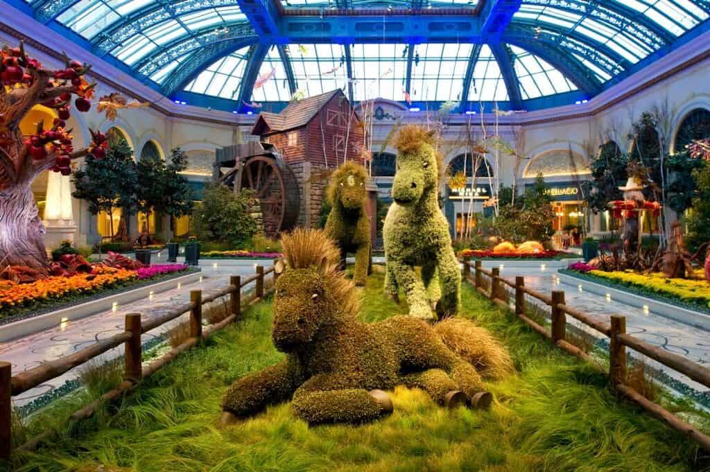 Bellagio-Conservatory-Botanical-Gardens