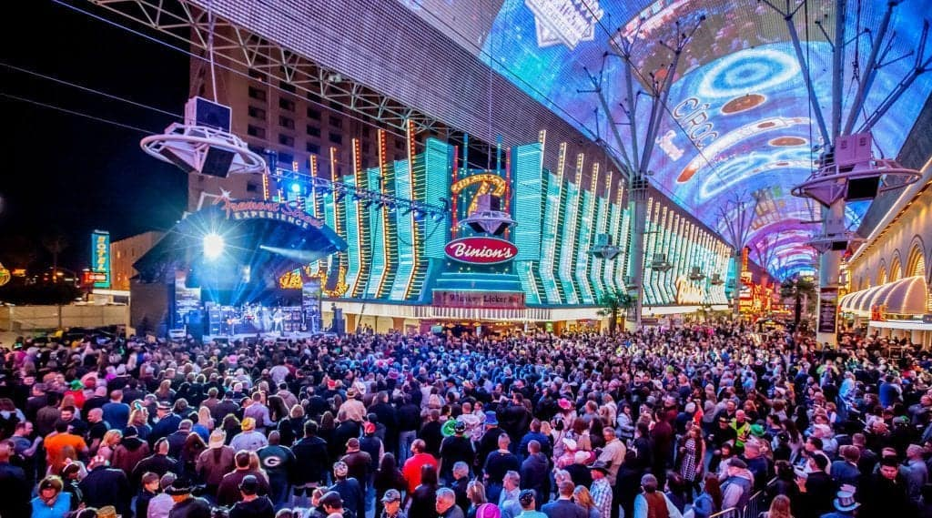 Fremont Street Experience - Best Free Shows in Las Vegas