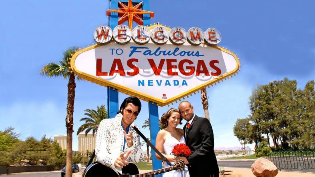 Welcome to Las Vegas Sign - Must do in Vegas for First Timers