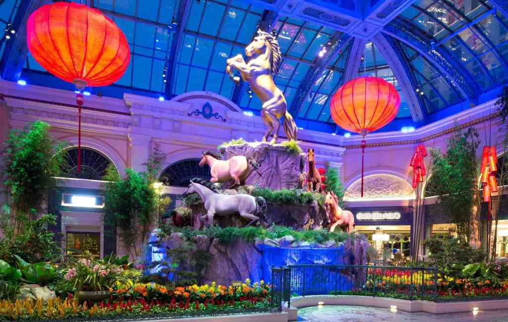 Bellagio Conservatory and Botanical Gardens - Things to do on Vegas Strip