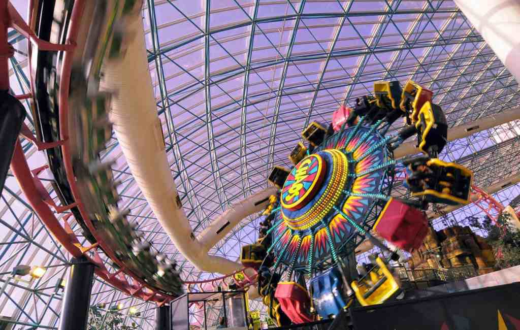 The Sling Shot at Circus Circus - Things to do in Las Vegas on the Strip