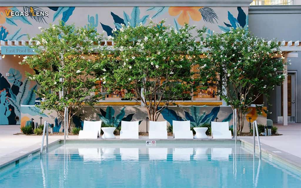 Park MGM - Family friendly pools in Las Vegas