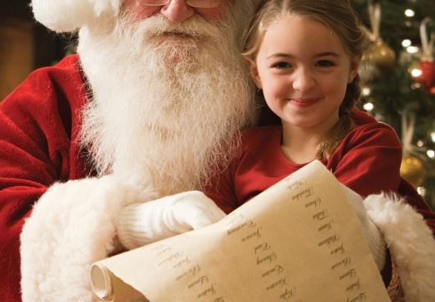 little girl for Santa pics Thanksgiving weekend